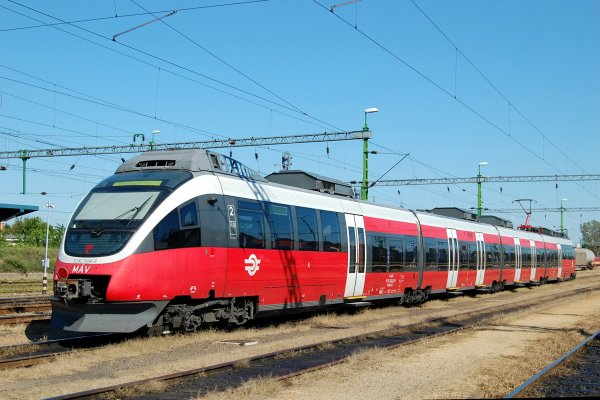 Электропоезд Talent (ÖBB 4124, Rh 4824, MÁV 5342)